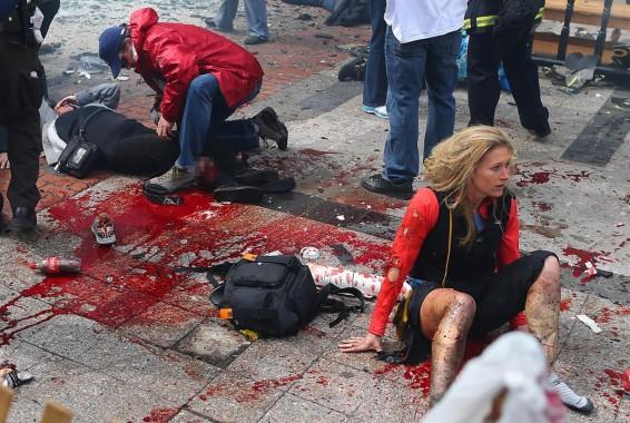 Imágen del bombardeo de Boston, ataque terrorista realizado por inmigrantes musulmanes.