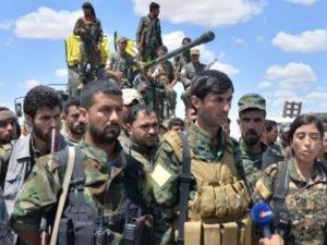 Rebeldes Kurdos en la toma de Raqqa